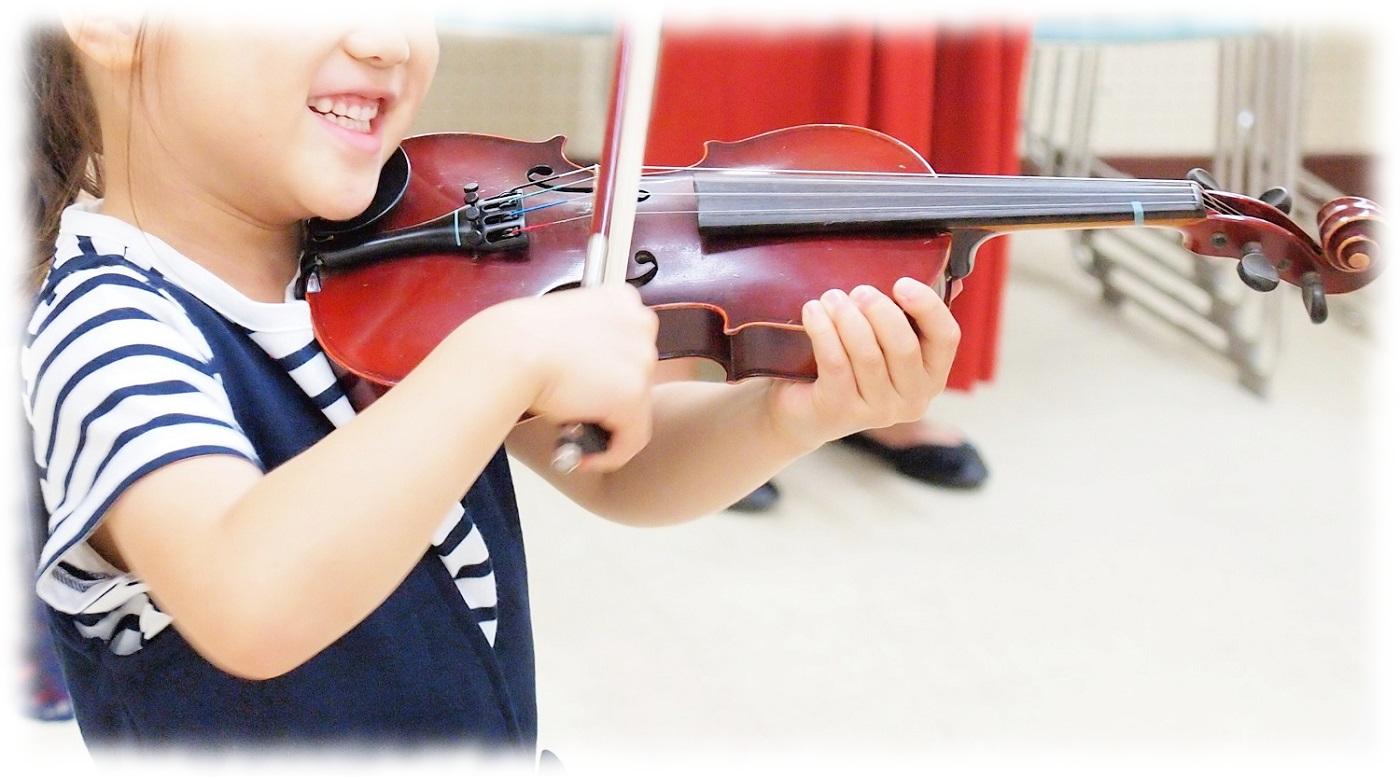 はじめてのバイオリン、嬉しい♪