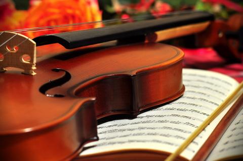 バイオリンのある生活を、お楽しみください